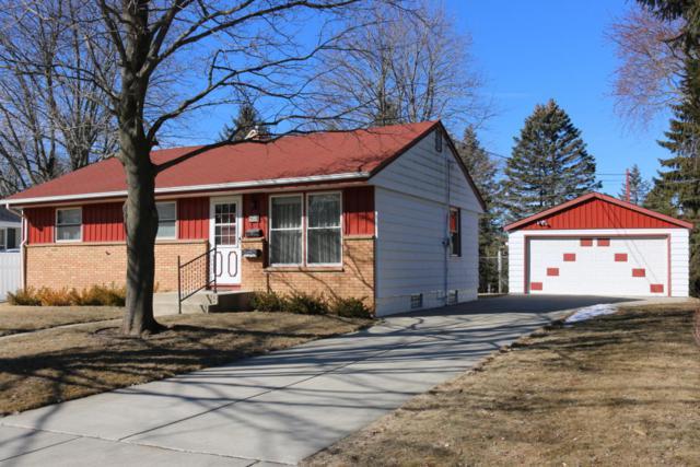 W60N771 Jefferson Ave, Cedarburg, WI 53012 (#1571822) :: Tom Didier Real Estate Team