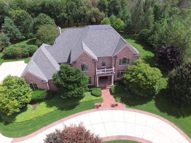 1562 Cedar Creek Pkwy, Cedarburg, WI 53024 (#1572055) :: Tom Didier Real Estate Team