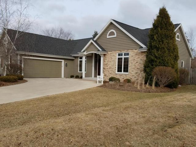 W71N428 Mulberry Ave, Cedarburg, WI 53012 (#1572192) :: Tom Didier Real Estate Team
