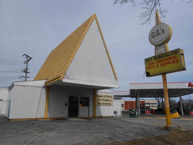 8460 W Hampton Ave, Milwaukee, WI 53225 (#1572270) :: Vesta Real Estate Advisors LLC