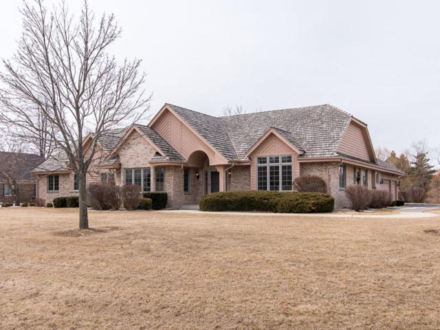 10227 N Trillium Road, Mequon, WI 53092 (#1572355) :: Tom Didier Real Estate Team