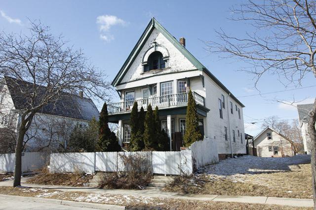 2437 N Richards St #2439, Milwaukee, WI 53212 (#1572363) :: Tom Didier Real Estate Team