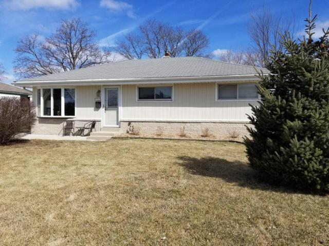 N88W15114 Cleveland Ave, Menomonee Falls, WI 53051 (#1572429) :: Vesta Real Estate Advisors LLC