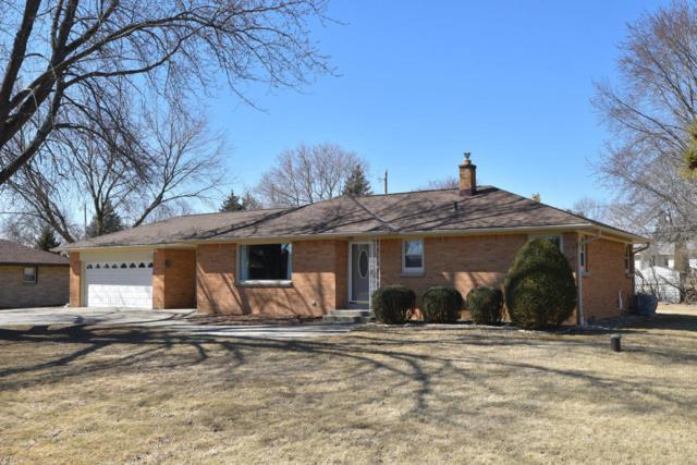 W176 N5095 Evelyn Terrace Dr., Menomonee Falls, WI 53051 (#1572613) :: Vesta Real Estate Advisors LLC