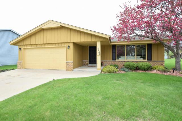 8148 W Imperial Dr, Franklin, WI 53132 (#1579563) :: Vesta Real Estate Advisors LLC
