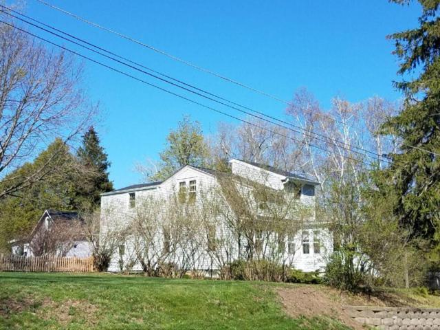 N43W5772 Maple St, Cedarburg, WI 53012 (#1580314) :: Tom Didier Real Estate Team