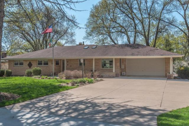 13155 Oakhurst Ave, Elm Grove, WI 53122 (#1580453) :: Vesta Real Estate Advisors LLC