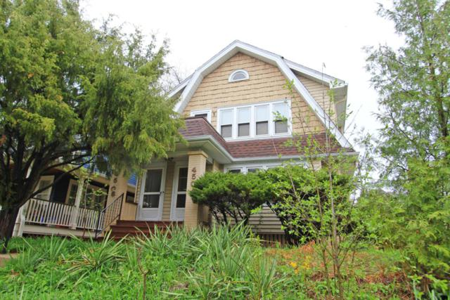 4506 N Larkin St, Shorewood, WI 53211 (#1581023) :: Tom Didier Real Estate Team