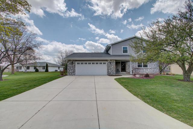 1301 Oak Ct, Port Washington, WI 53074 (#1581164) :: Tom Didier Real Estate Team