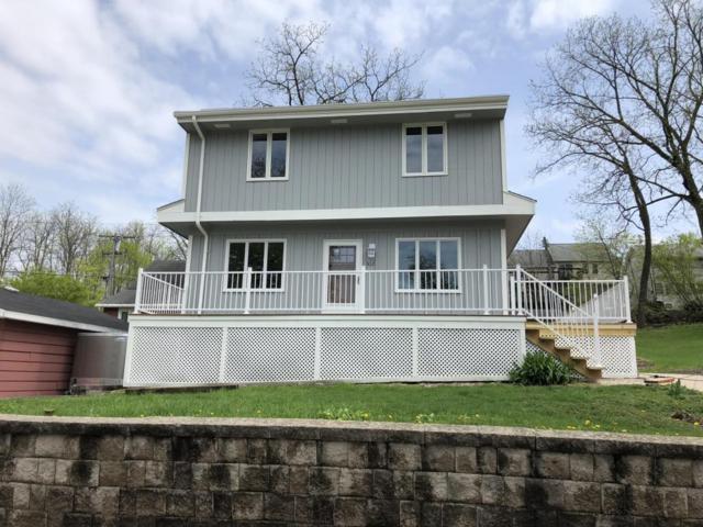 512 Spring St, Pewaukee, WI 53072 (#1581617) :: Vesta Real Estate Advisors LLC