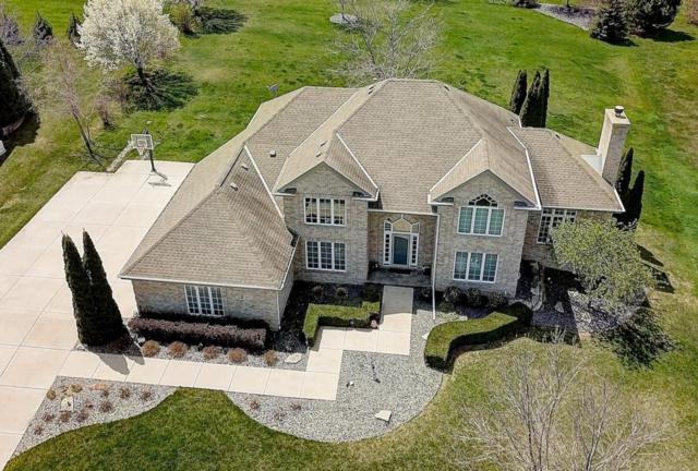 8401 S River Terrace Dr, Franklin, WI 53132 (#1581803) :: Vesta Real Estate Advisors LLC