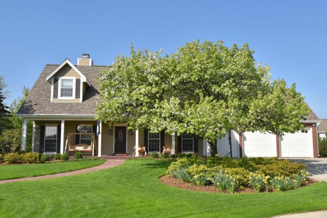 W159N7465 Pinewood Cir, Menomonee Falls, WI 53051 (#1581836) :: Vesta Real Estate Advisors LLC