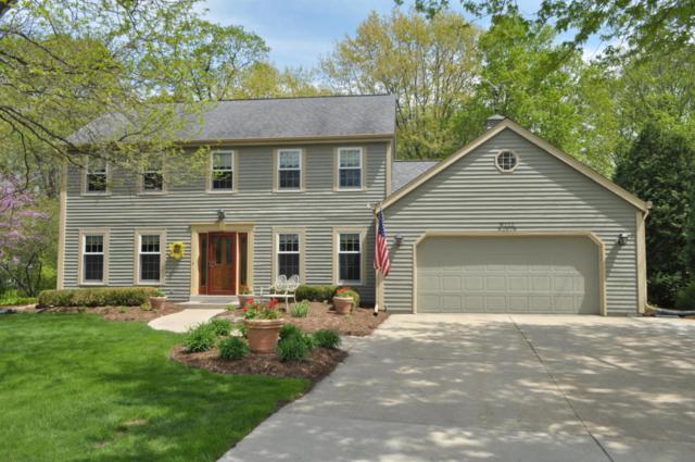 W222N2678 Stonewood Ln, Pewaukee, WI 53186 (#1582041) :: Vesta Real Estate Advisors LLC