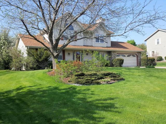 N104W14643 Heritage Hills Pkwy, Germantown, WI 53022 (#1582105) :: Vesta Real Estate Advisors LLC