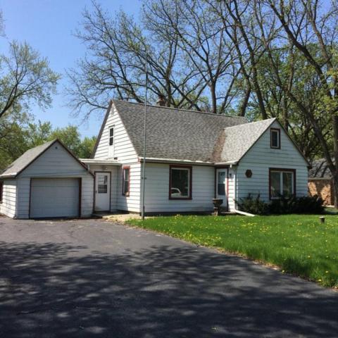 13905 Lloyd St, Elm Grove, WI 53122 (#1582221) :: Vesta Real Estate Advisors LLC