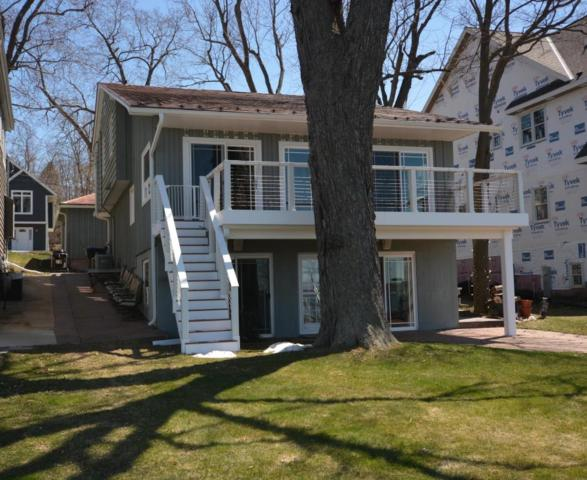 485 Park Ave, Pewaukee, WI 53072 (#1582610) :: Vesta Real Estate Advisors LLC