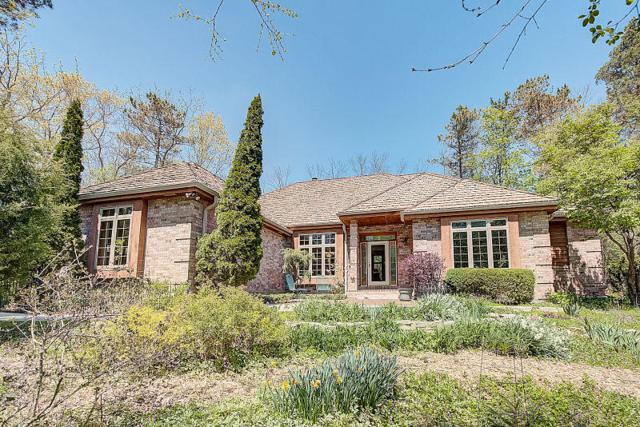 N82W16168 Valley View Dr, Menomonee Falls, WI 53051 (#1582686) :: Vesta Real Estate Advisors LLC