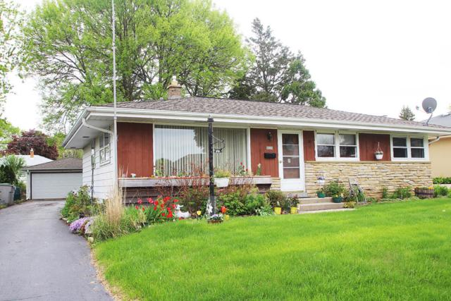 8809 W Acacia St, Milwaukee, WI 53224 (#1582896) :: Vesta Real Estate Advisors LLC