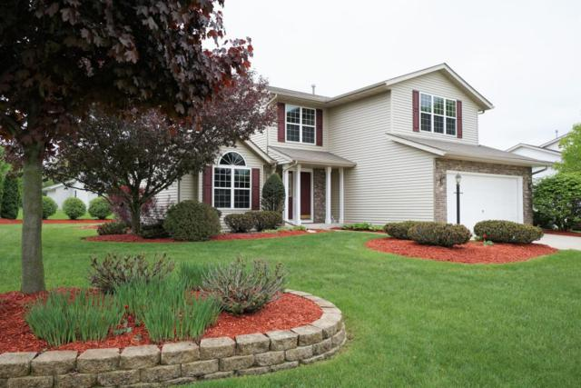249 High View Ln, Oconomowoc, WI 53066 (#1582918) :: Vesta Real Estate Advisors LLC