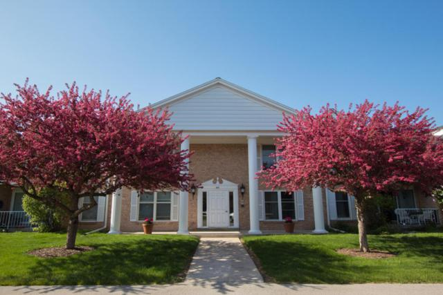 945 W Heritage Ct #204, Mequon, WI 53092 (#1586000) :: Tom Didier Real Estate Team