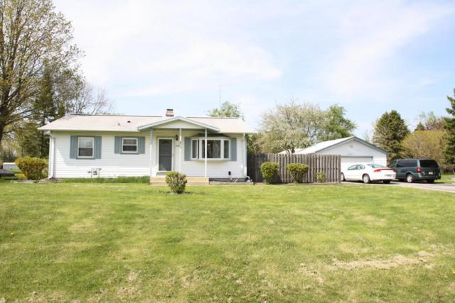 4358 E Studio Ln, Oak Creek, WI 53154 (#1586219) :: Tom Didier Real Estate Team
