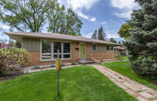 723 Riverview, Glendale, WI 53209 (#1586306) :: Vesta Real Estate Advisors LLC