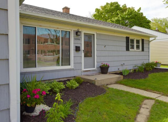 5046 N Lydell Ave, Whitefish Bay, WI 53217 (#1586353) :: Vesta Real Estate Advisors LLC