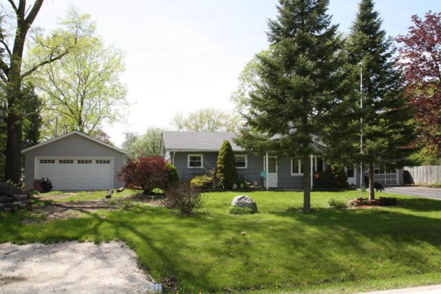 10581 S 3rd Ave, Oak Creek, WI 53154 (#1586483) :: Tom Didier Real Estate Team