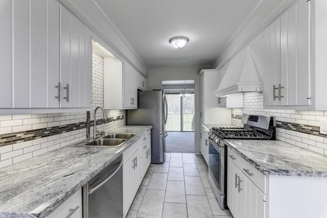 11004 N Balsam Tree Ct, Mequon, WI 53092 (#1586563) :: Vesta Real Estate Advisors LLC