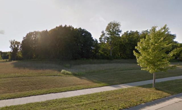 1529 Red Oak Dr, Hartford, WI 53027 (#1587283) :: Tom Didier Real Estate Team