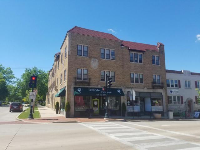 3919 N Morris, Shorewood, WI 53211 (#1588533) :: Vesta Real Estate Advisors LLC