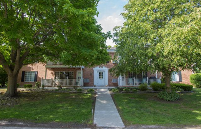 139 Heidel Rd #8, Thiensville, WI 53092 (#1589328) :: Tom Didier Real Estate Team