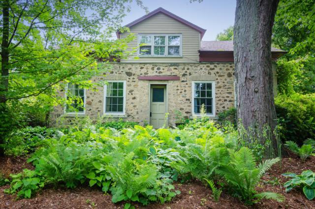 480 Green Bay Rd, Grafton, WI 53012 (#1590662) :: Tom Didier Real Estate Team
