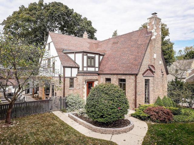 5263 N Berkeley Blvd, Whitefish Bay, WI 53217 (#1593080) :: Tom Didier Real Estate Team