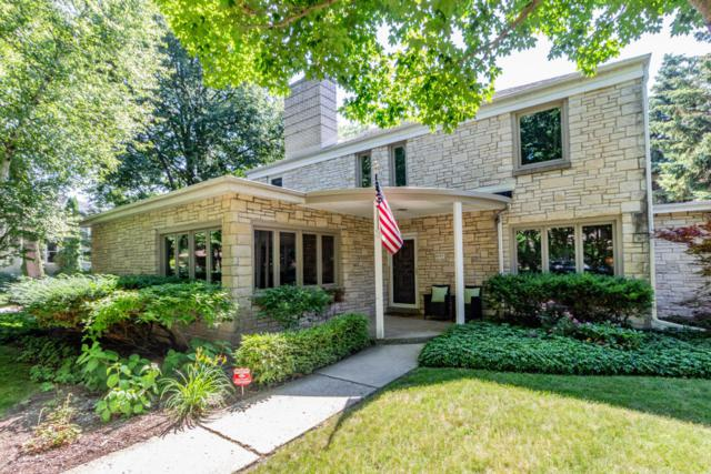 4901 N Oakland Ave, Whitefish Bay, WI 53217 (#1593428) :: Tom Didier Real Estate Team
