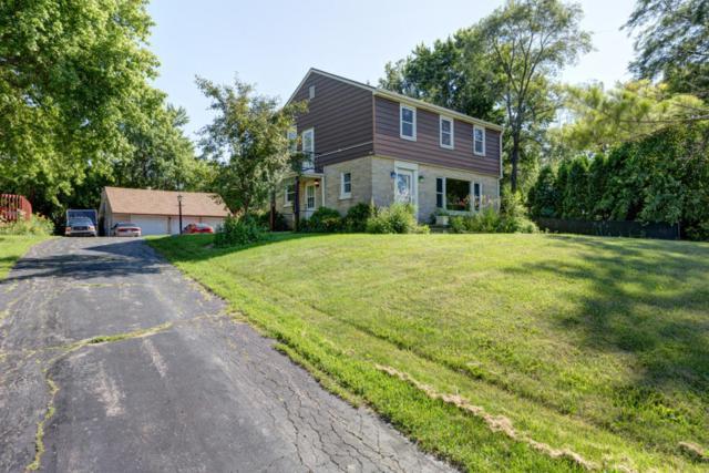 133 W College Ave, Oak Creek, WI 53154 (#1594110) :: Vesta Real Estate Advisors LLC