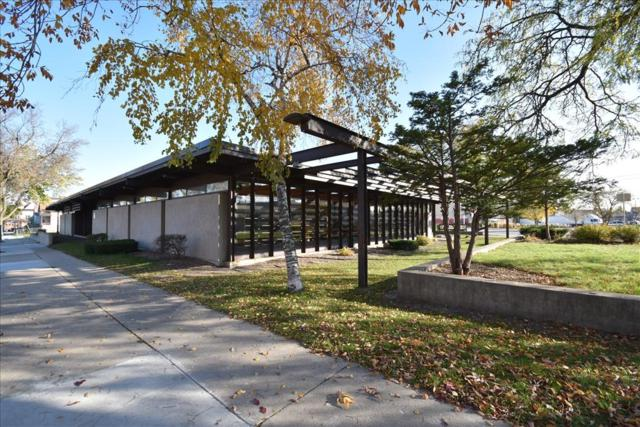 1432 W Forest Home Avenue, Milwaukee, WI 53204 (#1594322) :: Vesta Real Estate Advisors LLC