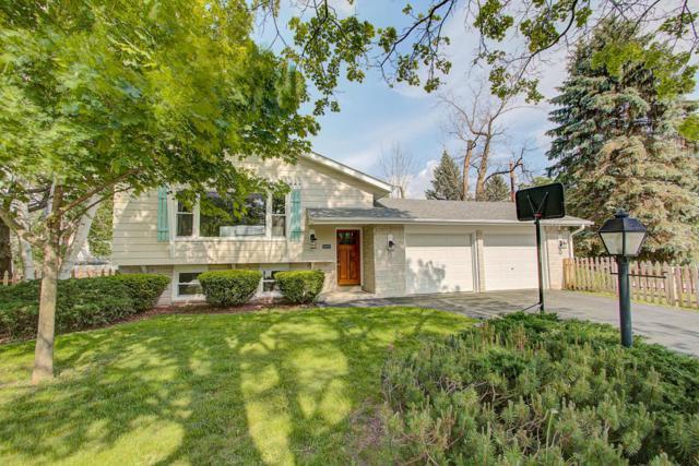 W69N504 Juniper Ln, Cedarburg, WI 53012 (#1594774) :: Tom Didier Real Estate Team
