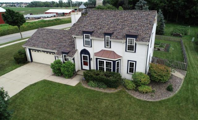 2097 Blackfoot Ave, Grafton, WI 53024 (#1595074) :: Tom Didier Real Estate Team