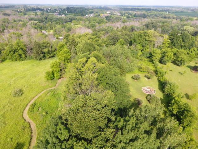 2044 Wildwood Dr, Cedarburg, WI 53012 (#1595626) :: Tom Didier Real Estate Team