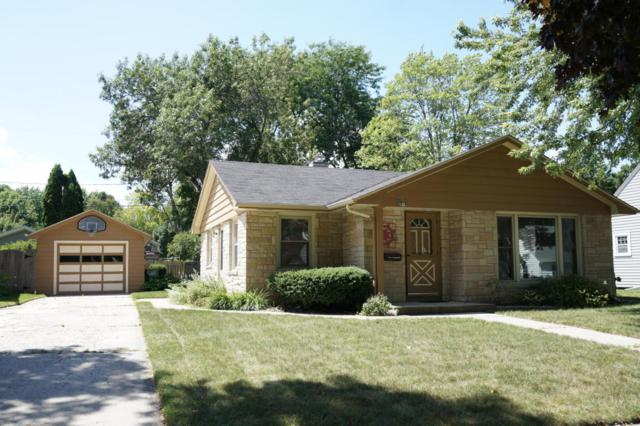W67N715 Franklin St, Cedarburg, WI 53012 (#1596234) :: Tom Didier Real Estate Team