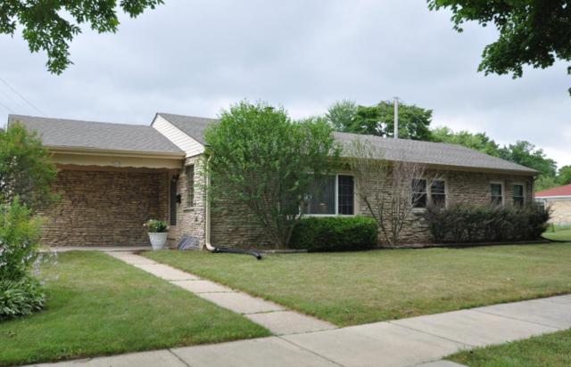 5629 N Dexter Ave, Glendale, WI 53209 (#1596676) :: Tom Didier Real Estate Team