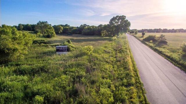 Lot 26 Oak Ridge Ct, Lafayette, WI 53121 (#1598806) :: RE/MAX Service First