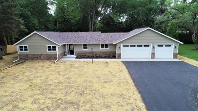 7865 N Lake Dr, Fox Point, WI 53217 (#1598913) :: Tom Didier Real Estate Team