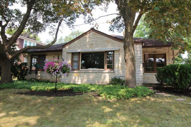 8628 Glencoe Cir, Wauwatosa, WI 53226 (#1599845) :: Vesta Real Estate Advisors LLC