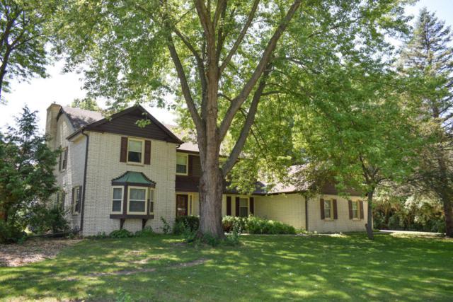 3905 W Le Grande Blvd, Mequon, WI 53092 (#1600484) :: Vesta Real Estate Advisors LLC