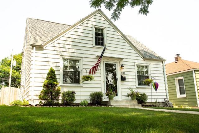 7716 Livingston Ave, Wauwatosa, WI 53213 (#1600588) :: Vesta Real Estate Advisors LLC