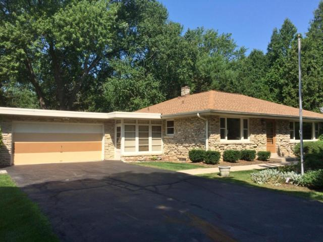 4275 N 160th St, Brookfield, WI 53005 (#1600614) :: RE/MAX Service First