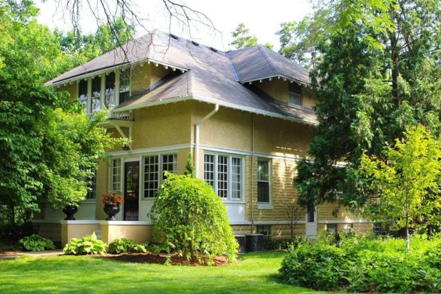 505 W Labelle Ave, Oconomowoc, WI 53066 (#1600737) :: Tom Didier Real Estate Team