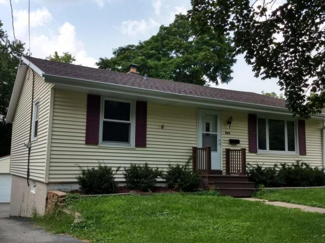 214 N Hine Ave, Waukesha, WI 53188 (#1600921) :: RE/MAX Service First